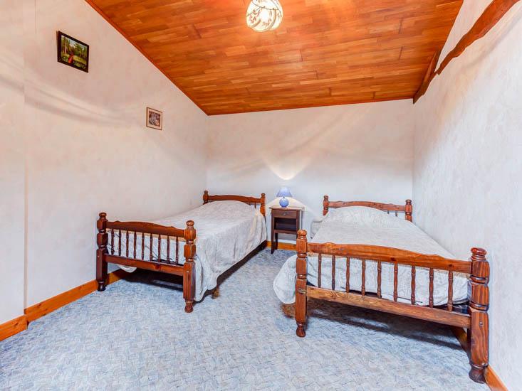 Maison-Vacances-le-Tilleul-Chambre-4