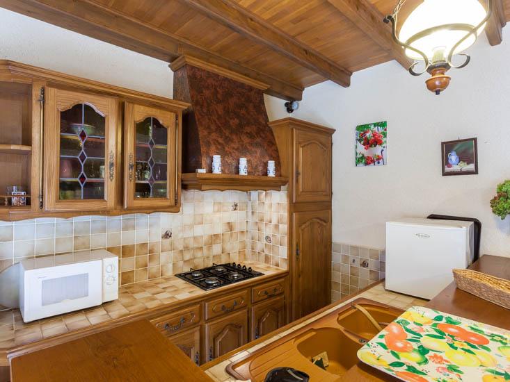 Maison-Vacances-le-Tilleul-Cuisine-1